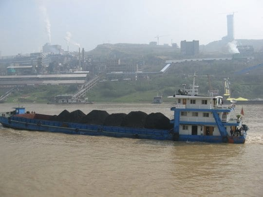 A barge carrying coal down the Yangtze River in China. Credit: Rose Davies/flickr